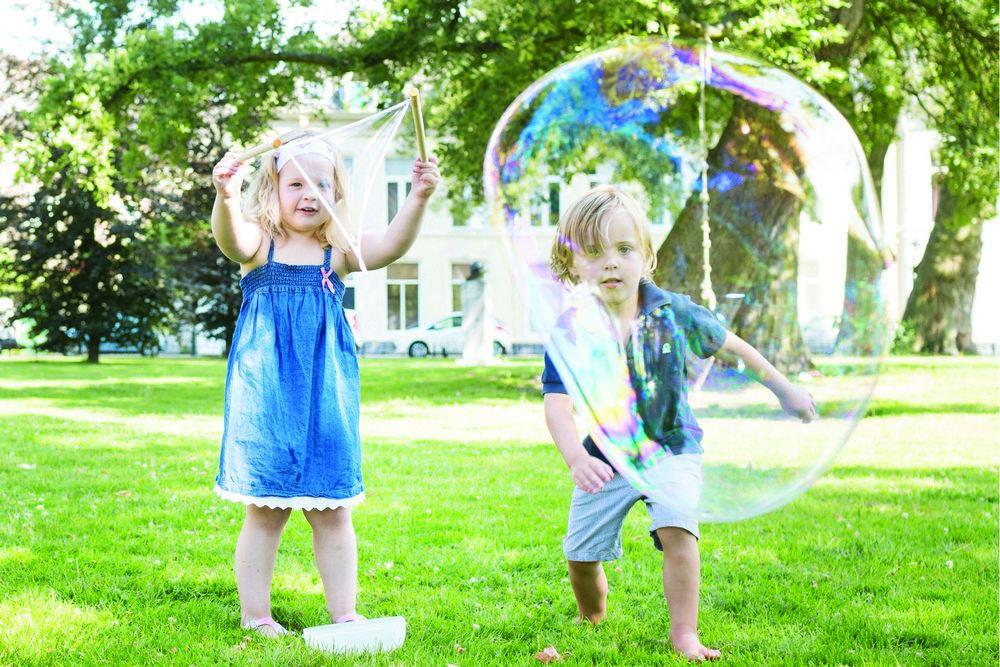 Dispozitiv Pentru Baloane De Sapun Gigant Buitenspeel